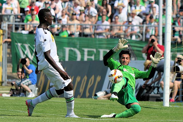 Testspiel TuS Koblenz - Borussia Mönchengladbach 0.2 Test-TuS-Gladbach-2015_999