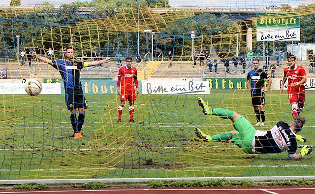 TuS Koblenz - FC Arminia Ludwigshafen   3:0 TuS-Ludwigshafen-2015_999
