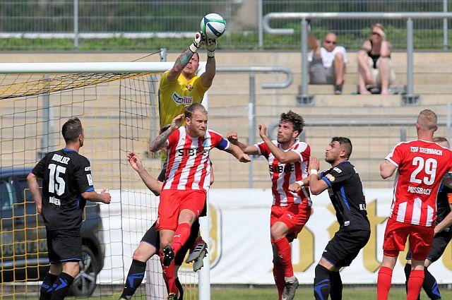 TuS Koblenz - TSV Steinbach 0:1 TuS-Steinbach-2018_998