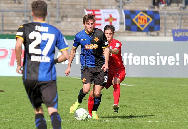TuS Koblenz - Kickers Offenbach 1:2 TuS-Offenbach-2014_999